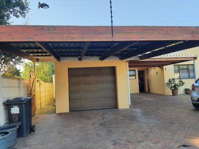 Property For Sale in Churchill Estate, Parow