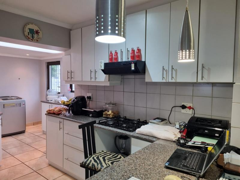 Property For Sale in Goodwood Park, Goodwood 2