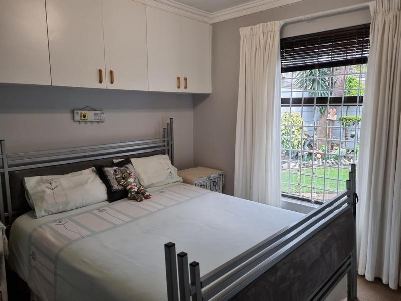 Property For Sale in Goodwood Park, Goodwood 7