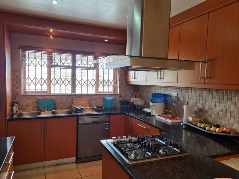 Property For Sale in Richmond Estate, Goodwood 3