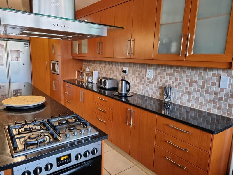 Property For Sale in Richmond Estate, Goodwood 4