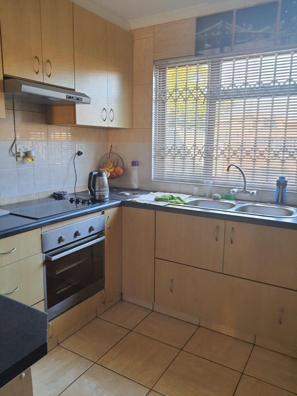 Property For Sale in Churchill Estate, Parow 11
