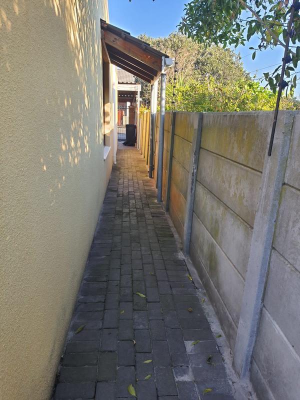 Property For Sale in Churchill Estate, Parow 15