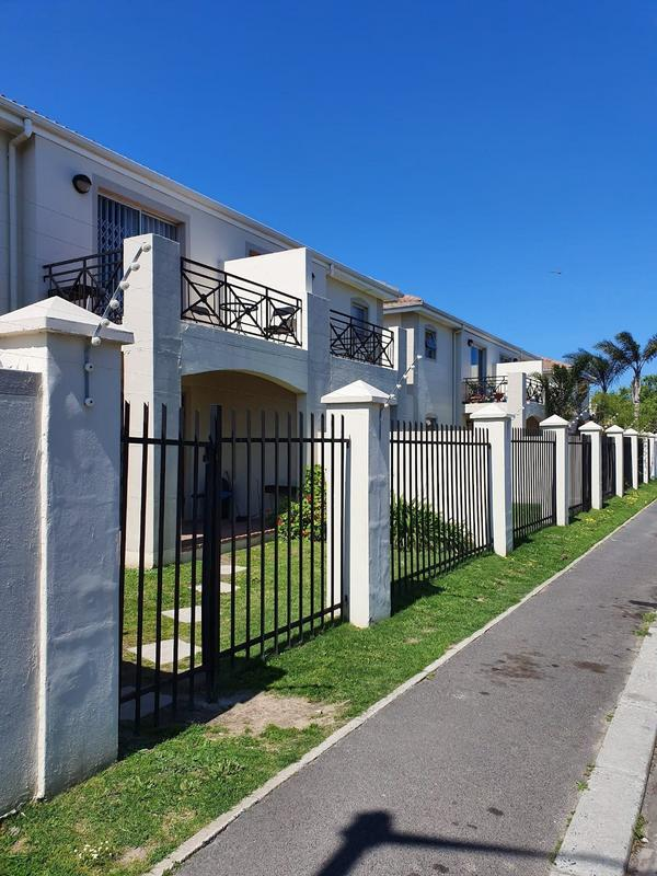 Property For Sale in Goodwood Park, Goodwood 11