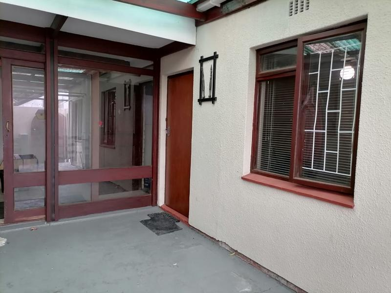 Property For Sale in Monte Vista, Goodwood 27