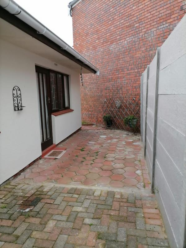 Property For Sale in Monte Vista, Goodwood 36