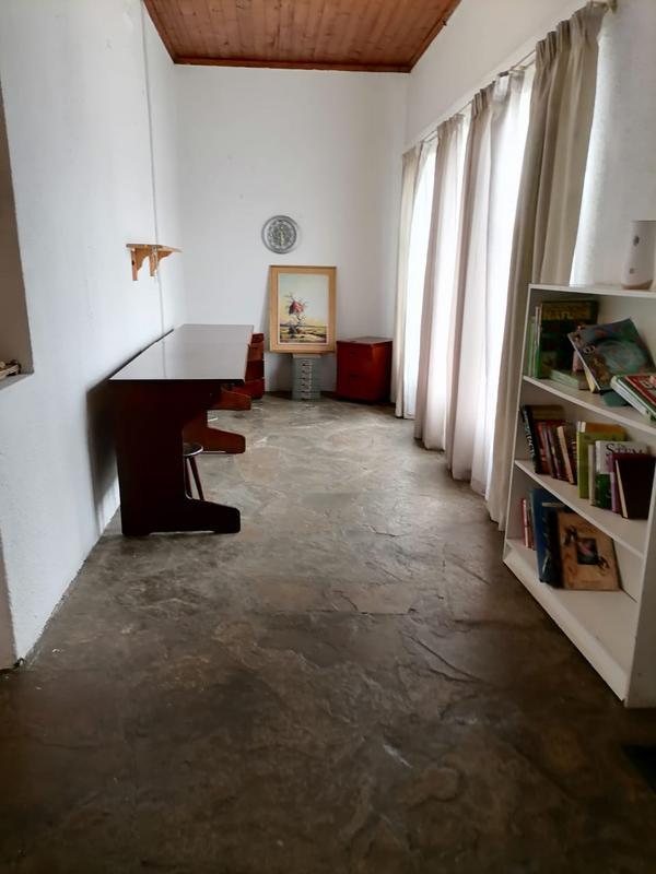Property For Sale in Vasco Estate, Goodwood 3