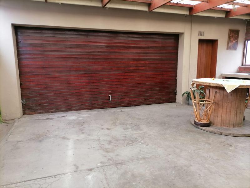 Property For Sale in Vasco Estate, Goodwood 22