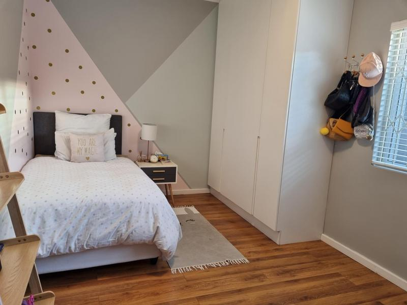 Property For Sale in Tygerdal, Goodwood 19