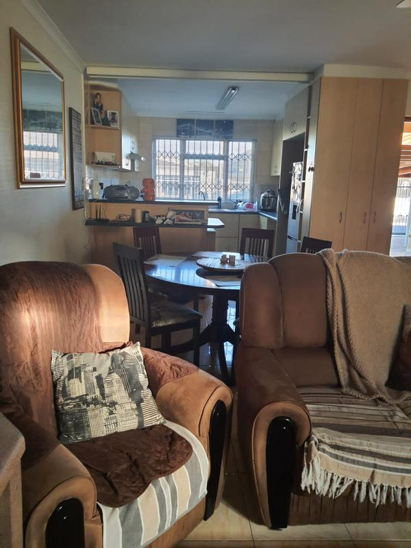 House For Sale in Churchill Estate, Parow